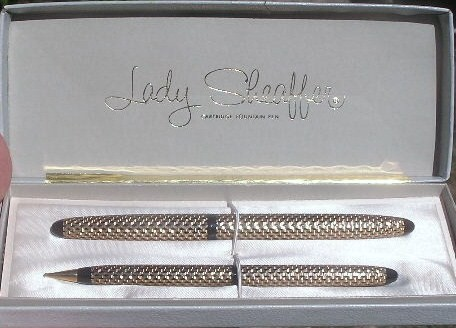 Lady Sheaffer 904 Set Fountain Pen/Pencil Orig. Box/New Old Stock