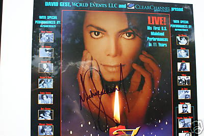 Michael Jackson Authentic Autograph Picture close up