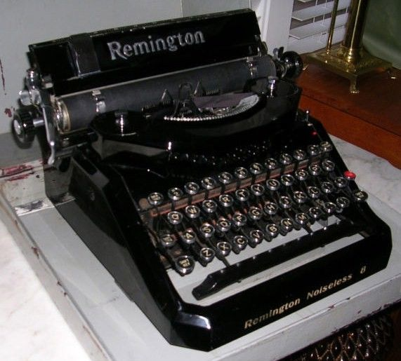 Noiseless Remington No 8 Typewriter