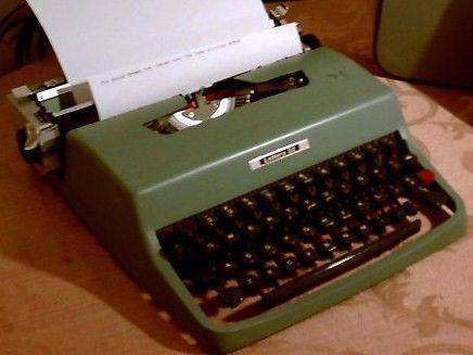 Olivetti Lettera 32 Green