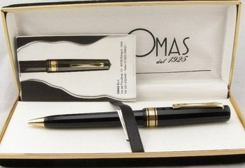 Omas Arte Italiana Milford Black-Gold Ballpoint Pen