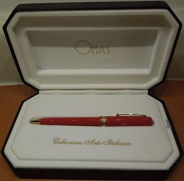 Omas Arte Italiana Red Ballpoint Pen