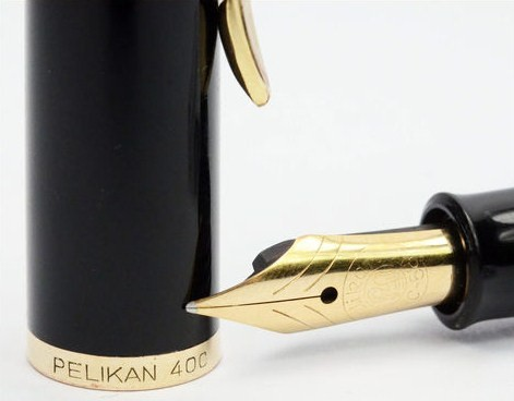 Pelikan 400 NN Green Lined Piston Filler Pen EF nib
