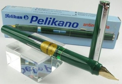 Pelikano P456 Fountain Pen Green Fine Nib/New w/Box