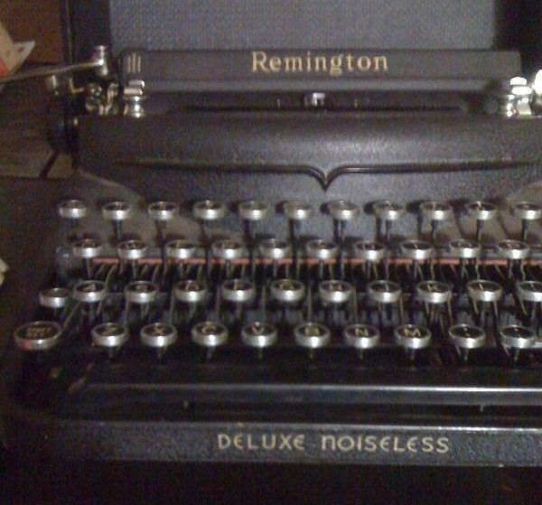 Pre-WWII Remington Deluxe Noiseless