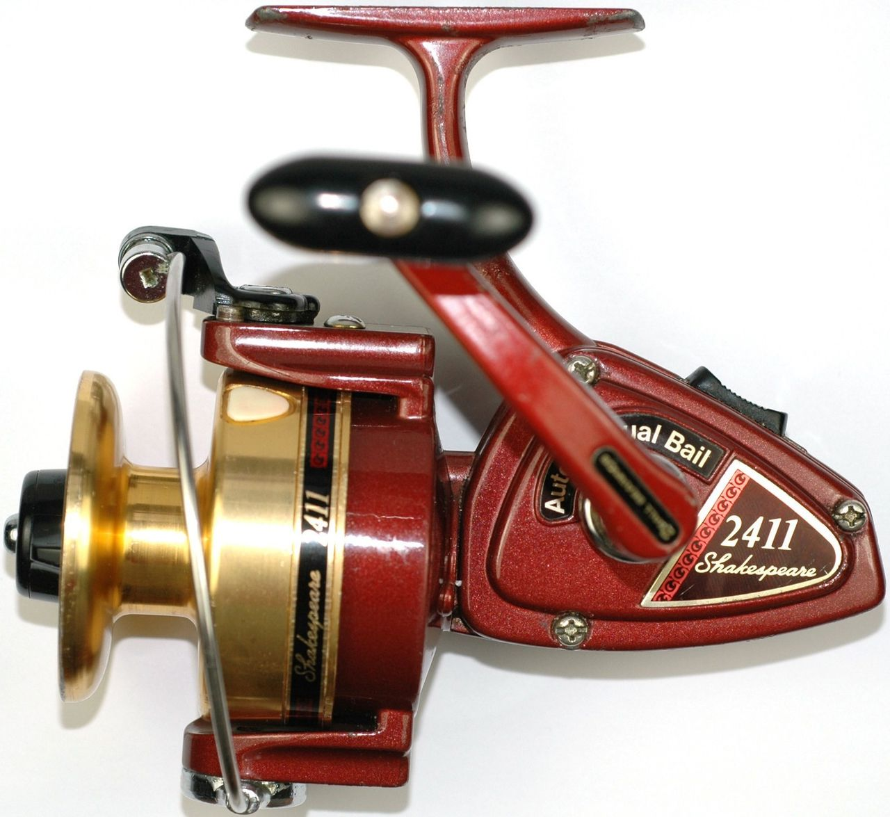Ready to Fish Vintage Shakespeare Model 2411 Spinning Reel