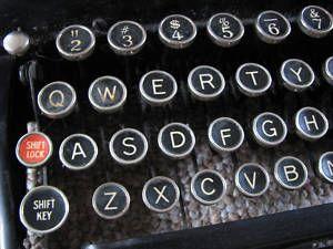 Remington 5 Antique typewriter close up Keys