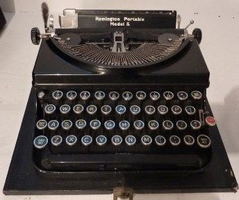 Vintage Remington Rand Model 5 Portable Typewriter