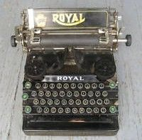 Royal Typewriter 1911 Flatbed Model 5