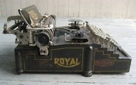 Royal model 5 Flatbed Typewriter 1911 Side View