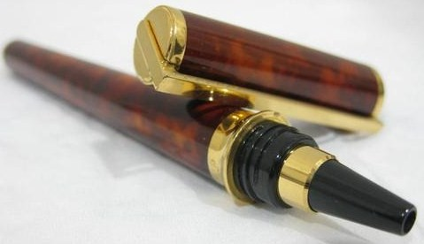 S.T. Dupont Chairman Laque de Chine Brown Marble Rollerball