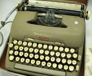 Smith Corona Portable Electric Typewriter 5TE