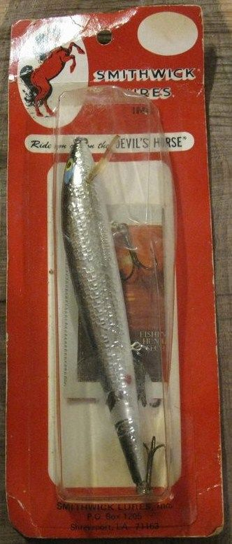 Smithwick Rogue Fishing Lure DRC-1231 Red Card