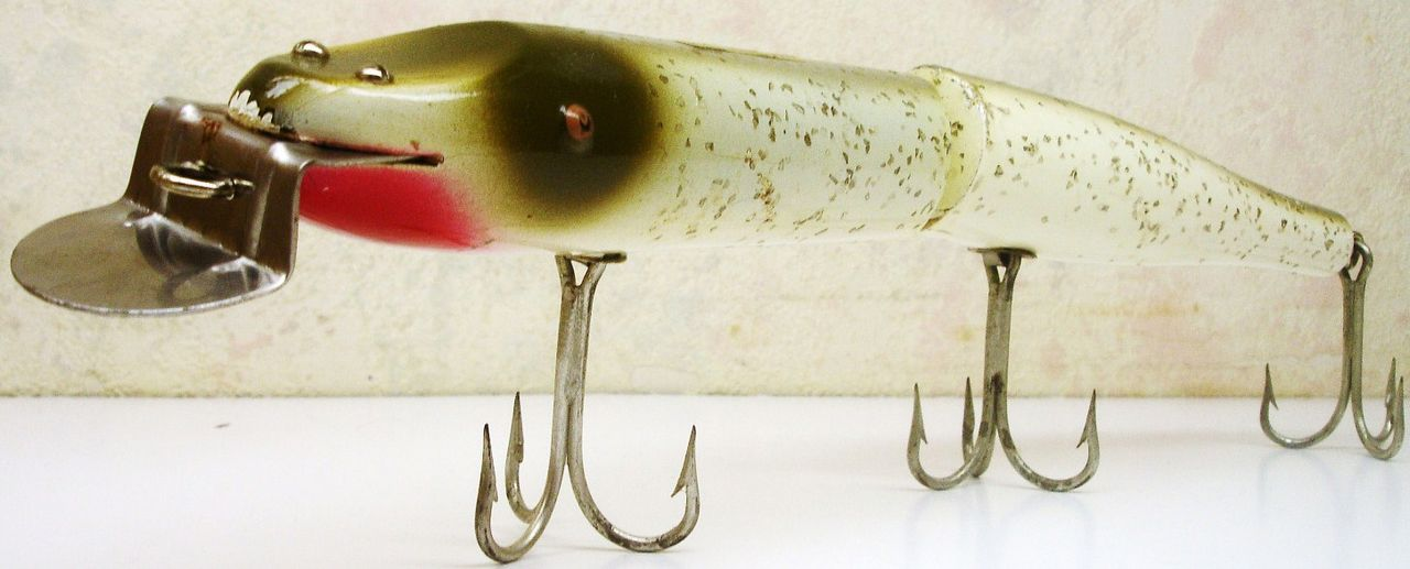Creek Chub Jointed Giant 12 inch Pikie Minnow Lure Tack Eyes