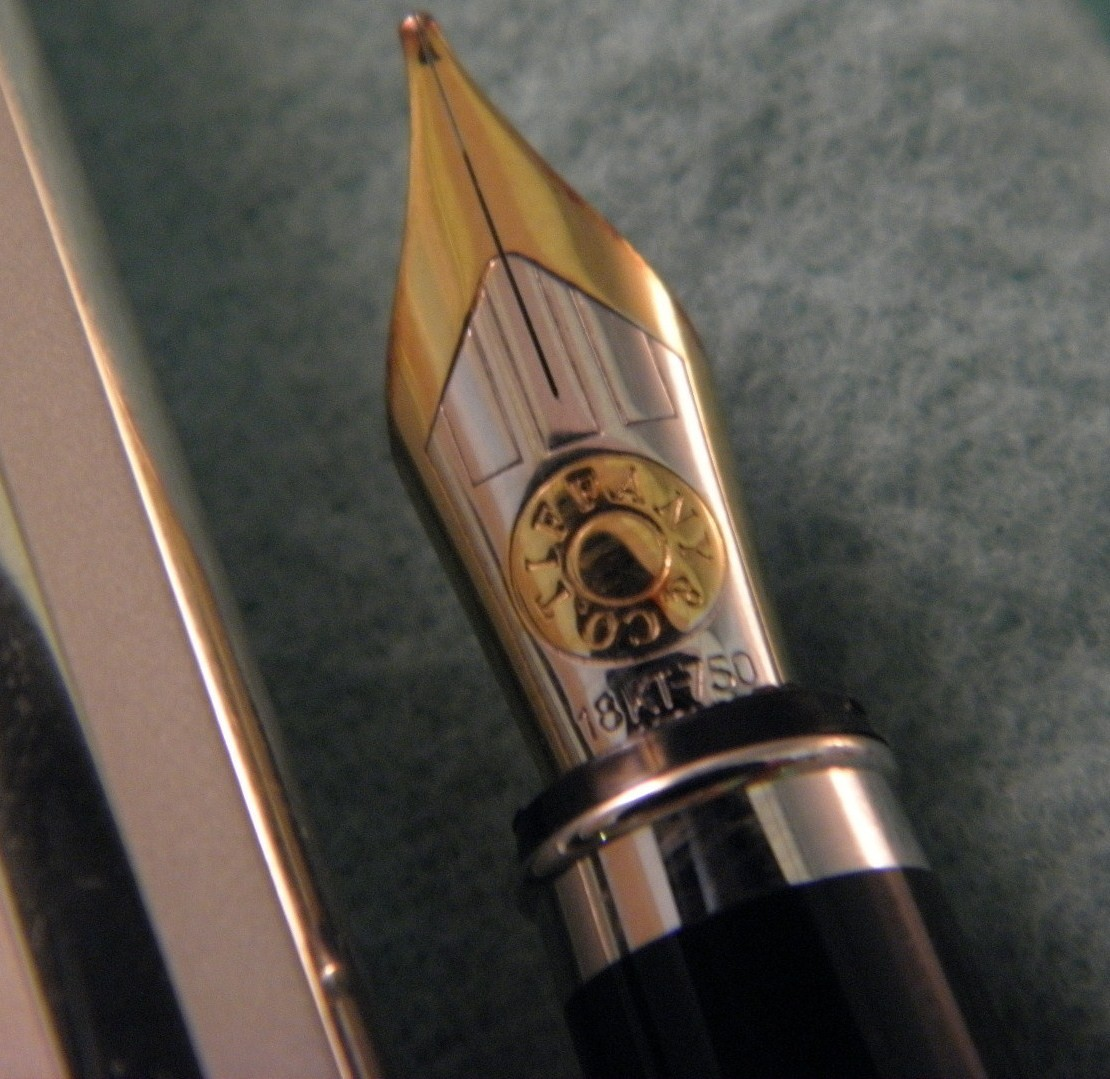 Tiffany Atlas Fountain Pen w/18K Gold Nib