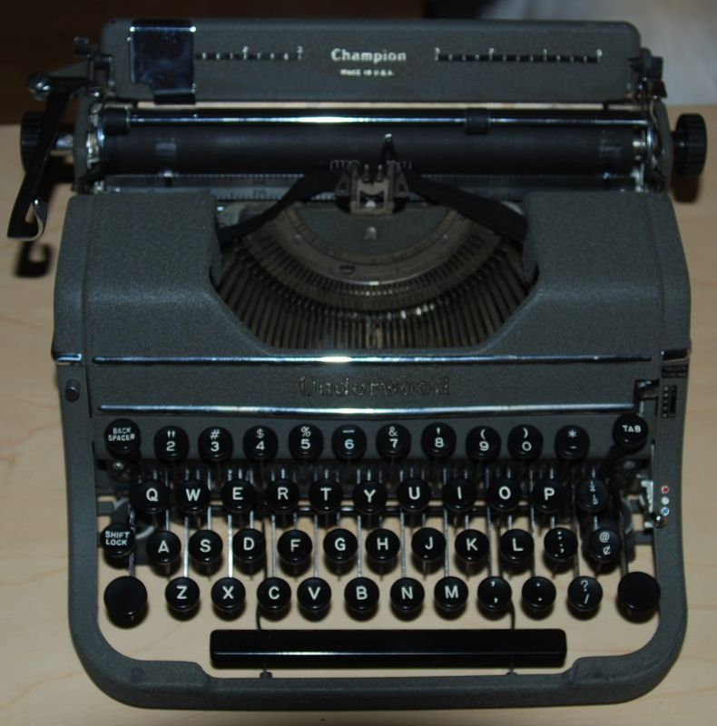 Underwood Champion Typewriter 1947