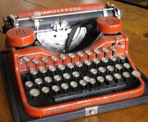 Underwood Standard Portable Typewriter Orange
