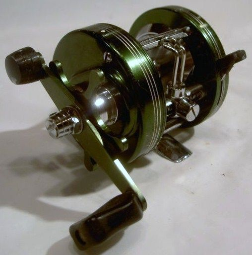 Vintage Heddon Mark 4 3200 Bait Caster