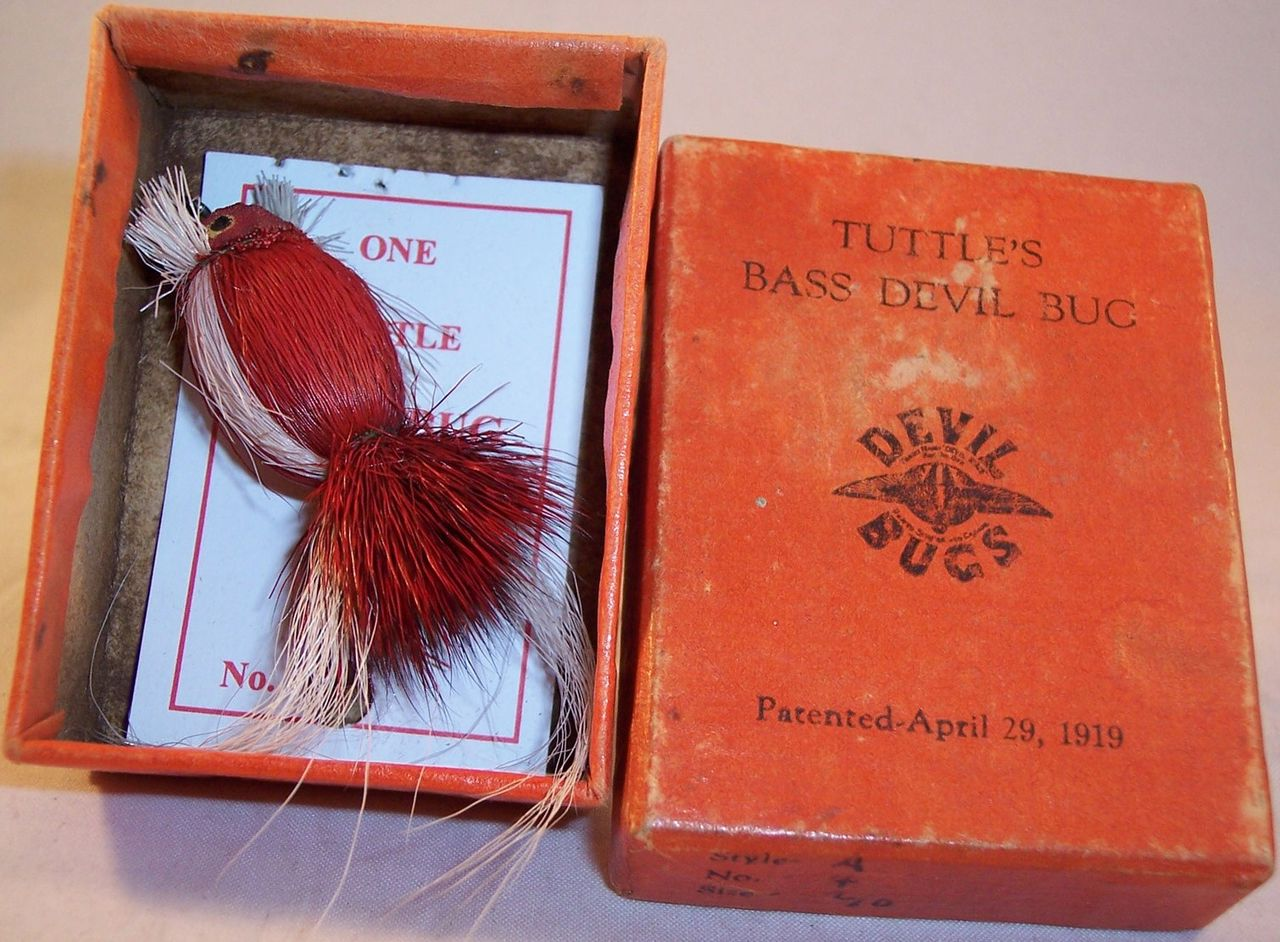 Vintage O.C Tuttle Bass Devil Bug Fly Lure w/Box