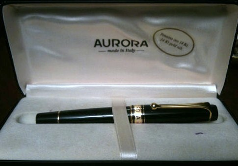 NOS Aurora Fountain Pen 14Kt Gold Nib w/Original Box