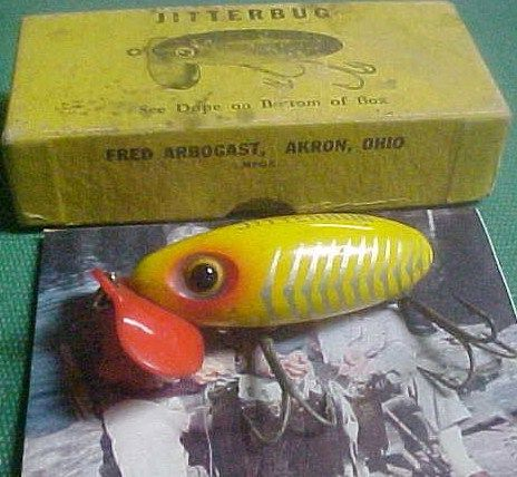 Vintage WW2 Arbogast Jitterbug Fishing Lure w/Box Plastic Lip