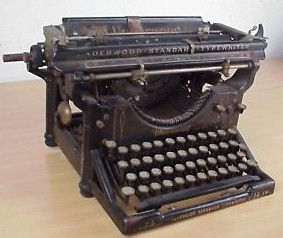Vintage 1917 Underwood Typewriter No 3 Standard