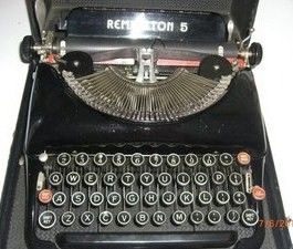 Vintage 1930-1940s Remington Rand 5 Typewriter
