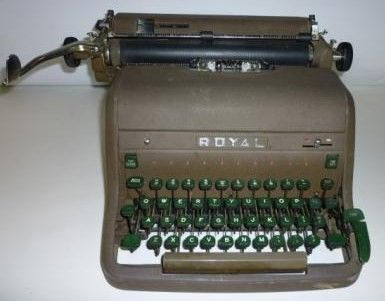 Vintage 1950s Royal Manual Typewriter Touch Control