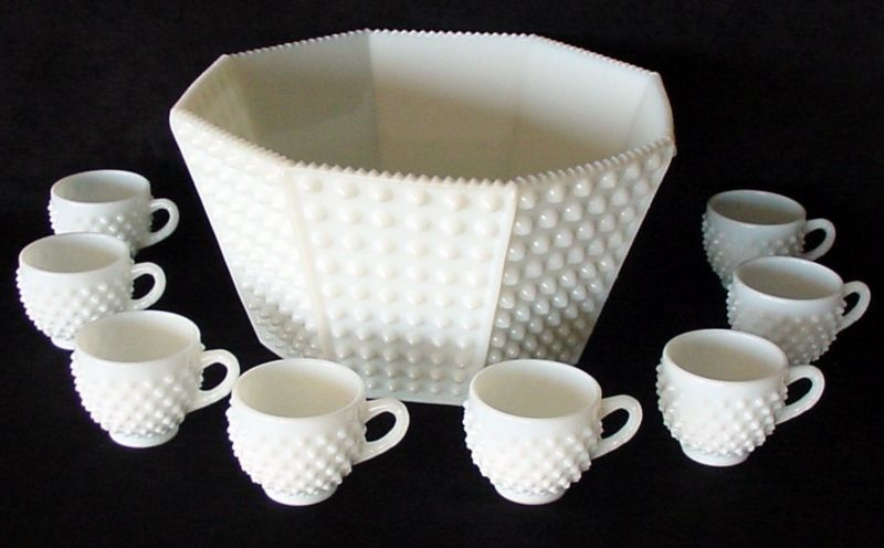 Vintage Fenton Hobnail Punch Bowl Set