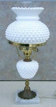 Vintage Fenton Milk Art Glass Hobnail Lamp