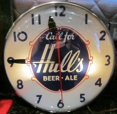 Vintage Hull Beer Clock CT Brewing