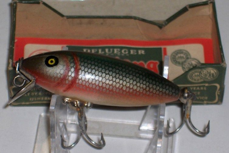 Vintage Pflueger Mustang Minnow w/Box Red Side Scale Fin