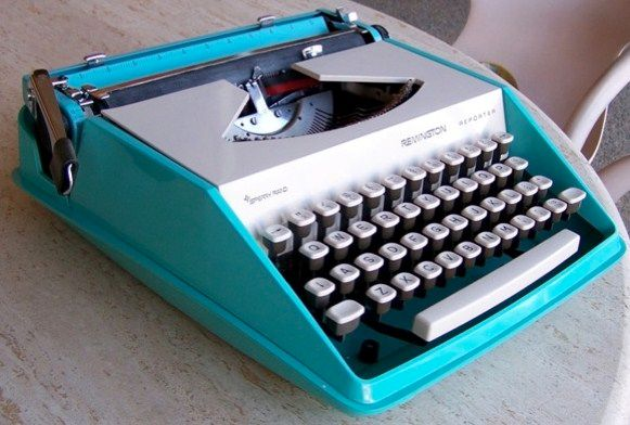 Vintage Remington Reporter Typewriter Aqua Blue