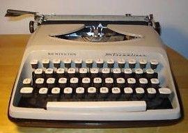Vintage Remington Streamliner Portable Manual Typewriter