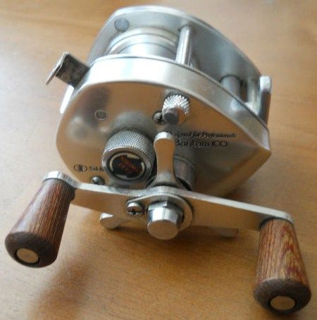 Vintage Shimano Bantam 100 Professional Wood Handles