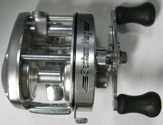 Vintage Shimano Bantam Mag 100SG Silver Casting Reel