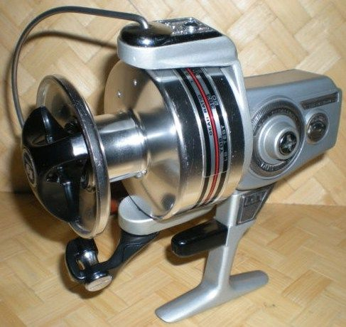 Vintage Shimano LP-7 Heavy Duty Spinning Reel
