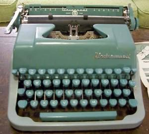 Vintage Underwood Quiet Tab Typewriter Aqua Turquoise 1950