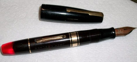 Vintage Waterman Ideal Black & Red w/Gold Trim Fountain Pen