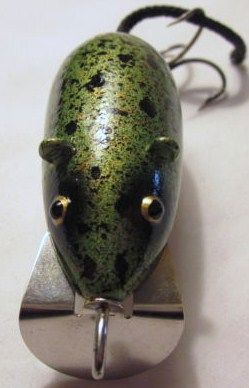 Vintage Wood Paw Paw Mouse Lure in Frog Spot Color