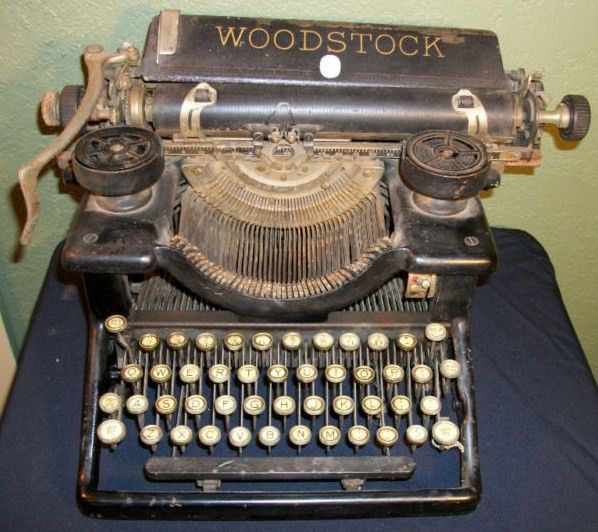 Woodstock Typewriter Model 5 1920s