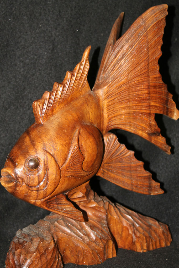 Koi fish sculpture hand carved crafted suar wood statue for Fish wood carving