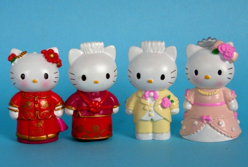 Wonderful-Wedding-Cake-Topper-Figures-Lot-of-4pc-Hello-Kitty-Figure-Doll-Gitt