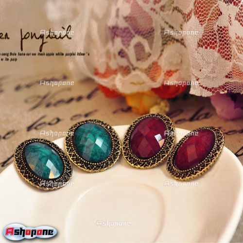 Retro-Vintage-Elliptical-Carved-Gem-Stone-Rhinestone-Hollow-Edge-Stud-Earrings