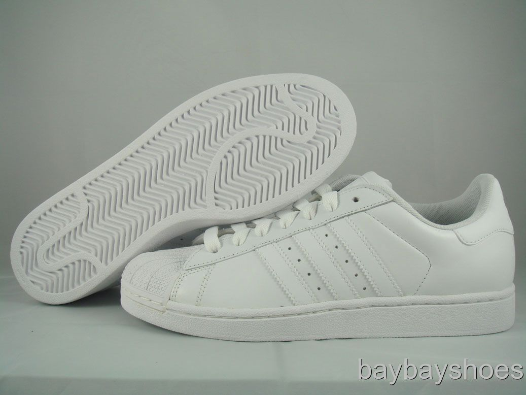 all white adidas superstar 2