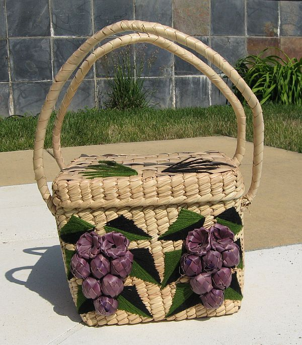 Vintage Raffia Beach Tote Beach Bag with Grapes