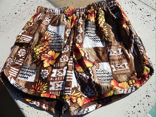 Vintage 60s Mens Hawaiian Floral Swim Trunks size Large