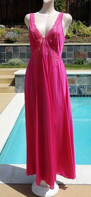 Vintage 70s OLGA Gold Label Schiaparelli Pink Full Sweep Nightgown