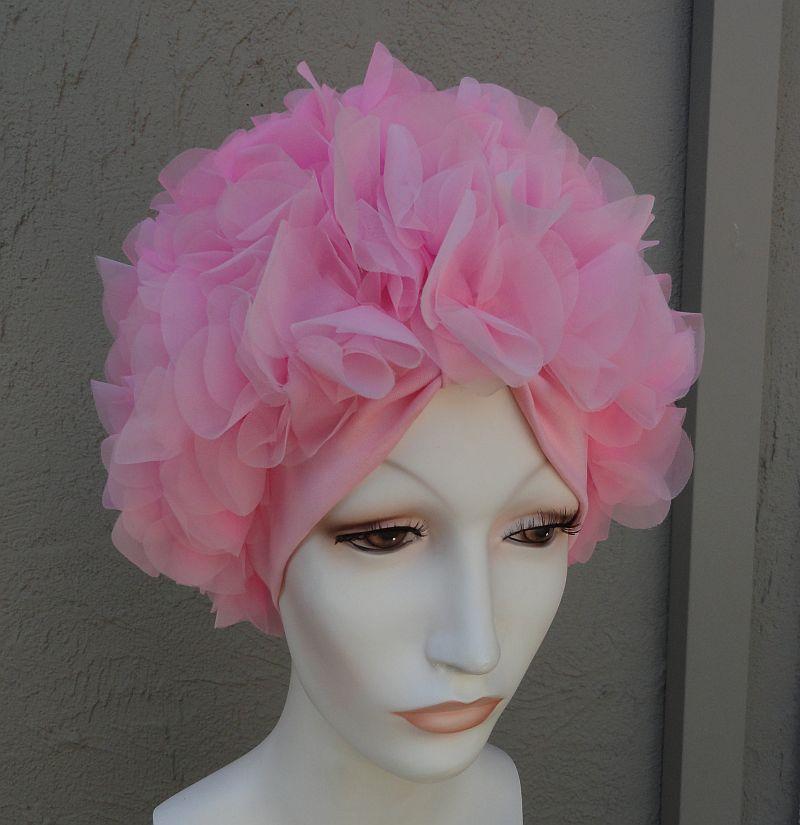 Vintage 60s pink petal cap