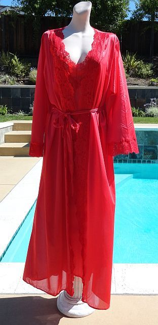 Vintage 70s Racy Red Lace Edged Nightgown & Robe Peinoir Set size XL